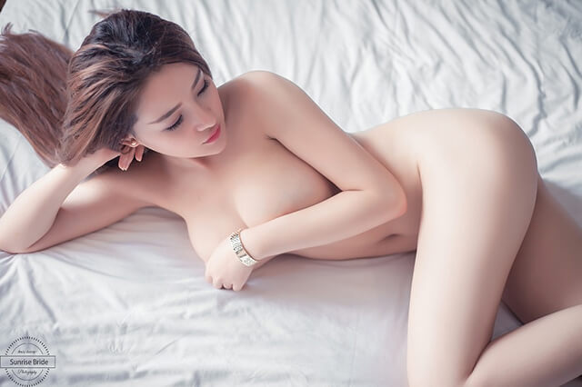 ảnh nude ngân 98